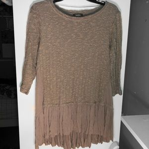 Neiman Marcus 3/4 Sleeve Tiered Layered Sweater